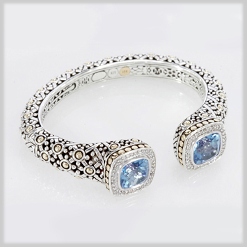 134221 JOHN HARDY Batu Sari Blue Topaz with Diamond Pave Square Kick Cuff Size M
